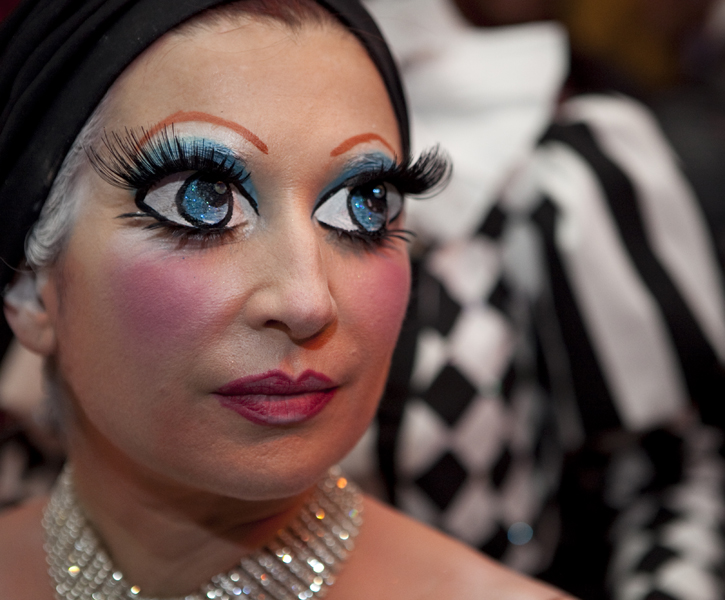 Doll eyes makeup